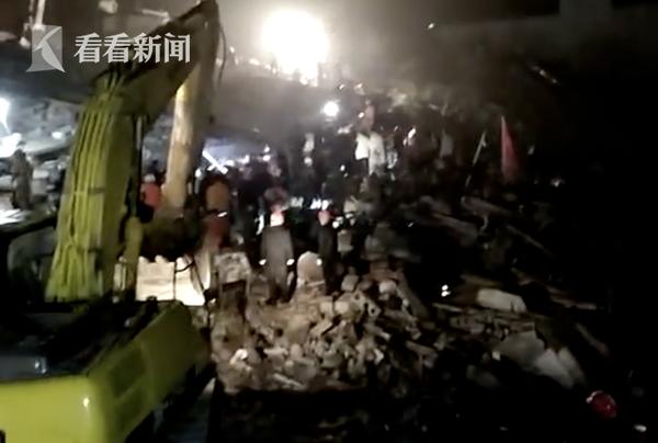 叙永县分水镇山体滑坡被掩埋人员全部救出