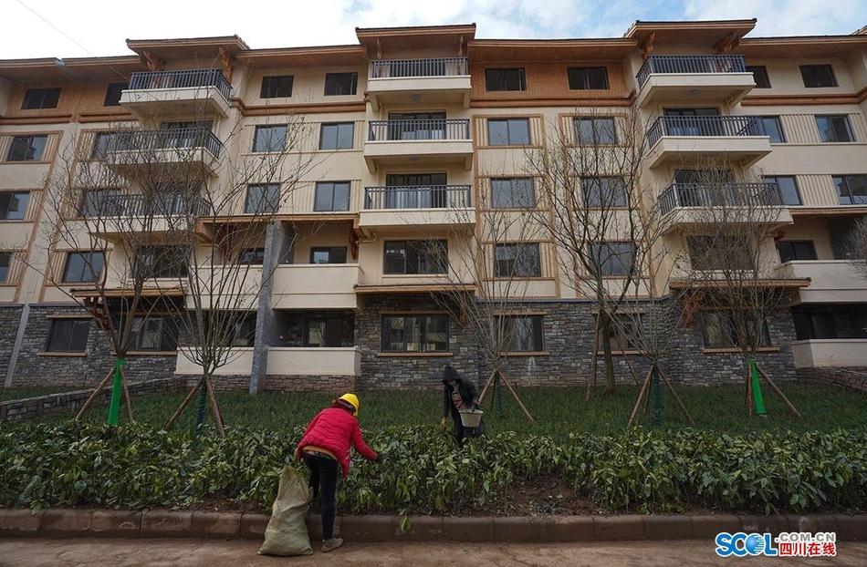 四川易地扶贫搬迁仅剩75户未完工 确保6月30日前建完