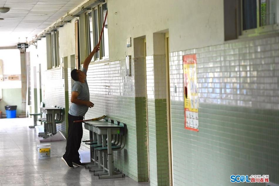 四川省教育考试院:看考场!考生们这些细节要踩准!
