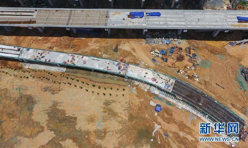 成都天府国际机场高速最新进展 7月右幅桥梁贯通