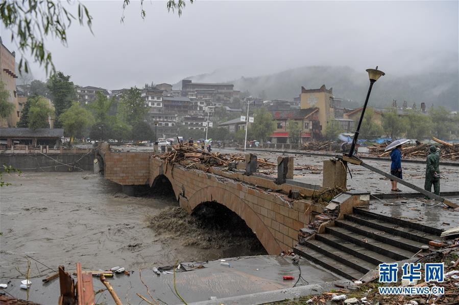 强降雨已造成四川阿坝州10人死亡 27人失联