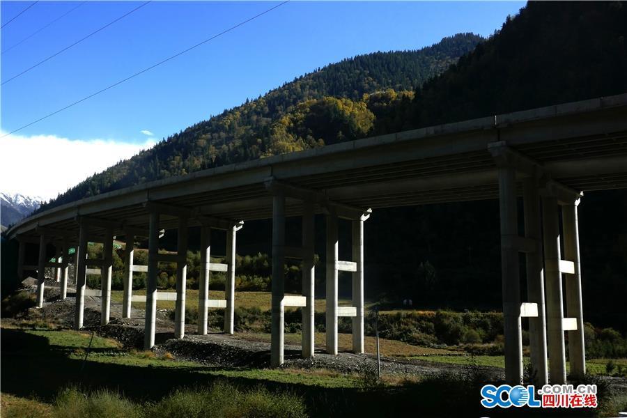 汶马高速马尔康段将在年底通车 阿坝州将首现云端高速