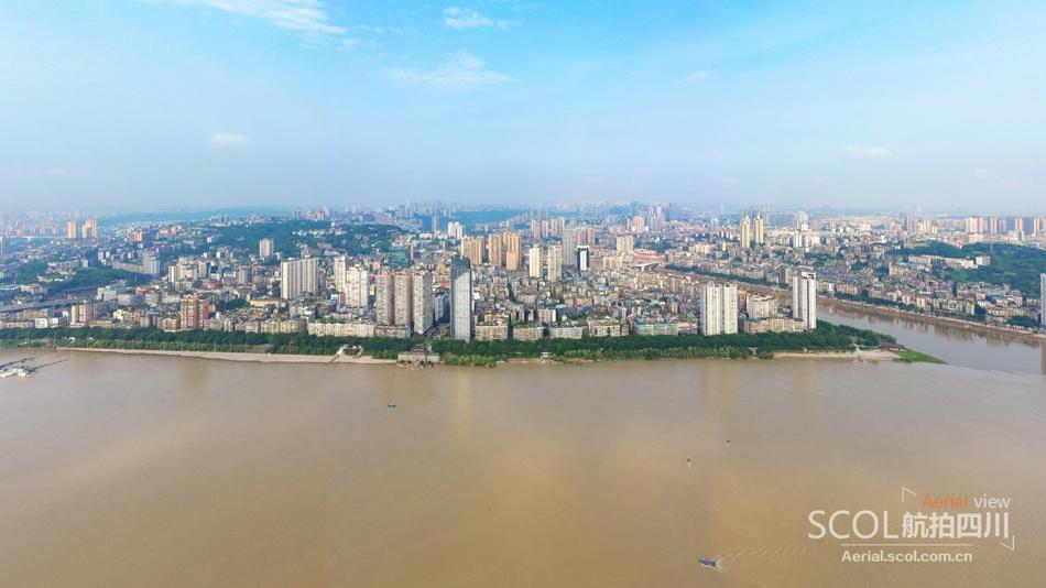 向家坝水库泄洪,直击长江洪峰过境泸州