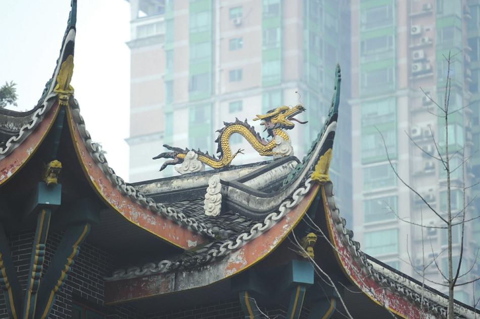 建筑史上的奇观!成都华西坝老建筑上的屋脊神兽