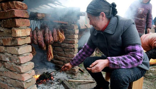 四川保护农村生活遗产 首批名单包括腊肉腌制、蜀绣羌绣等