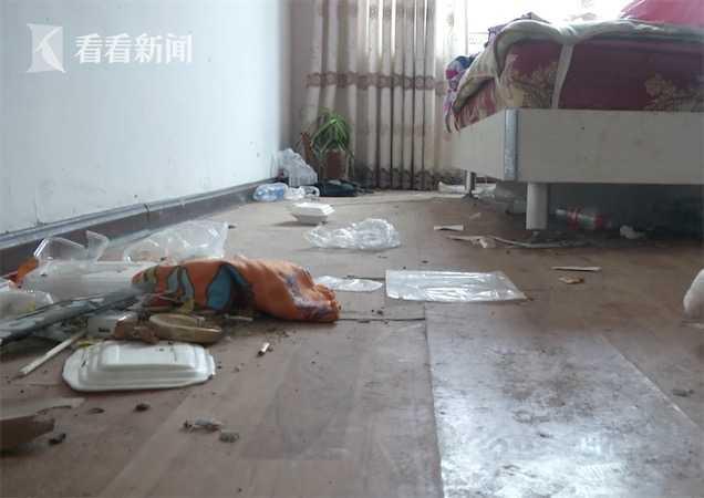 西安房东遇极品房客 家里变成养狗场家具全毁