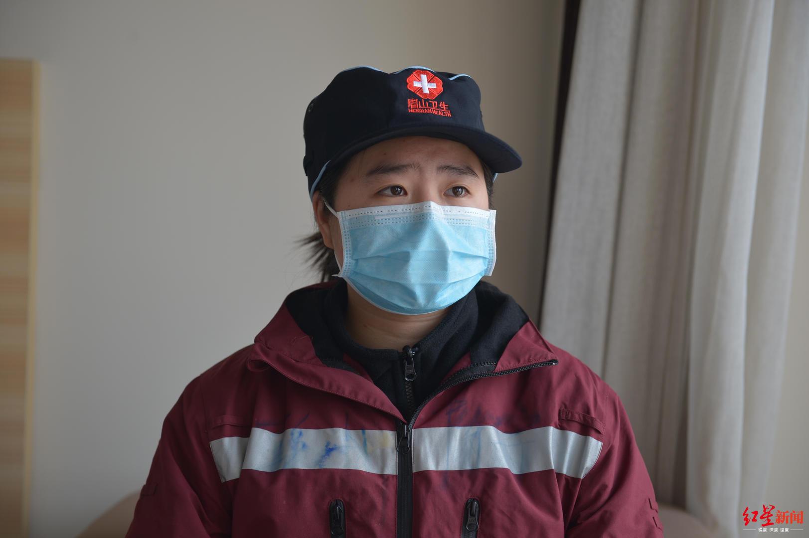 方舱医院里的95后四川医疗队员:刚离开校园 就踏上战场