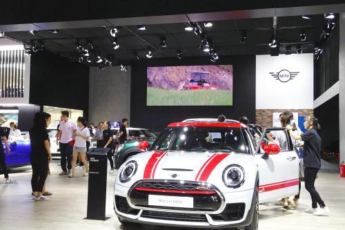 成都国际车展5日在西博城启幕 交警发布周边交通出行指南