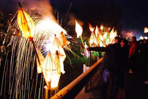 创新点亮传统年节如沐春风 元宵节四川特色民俗文化活动走笔