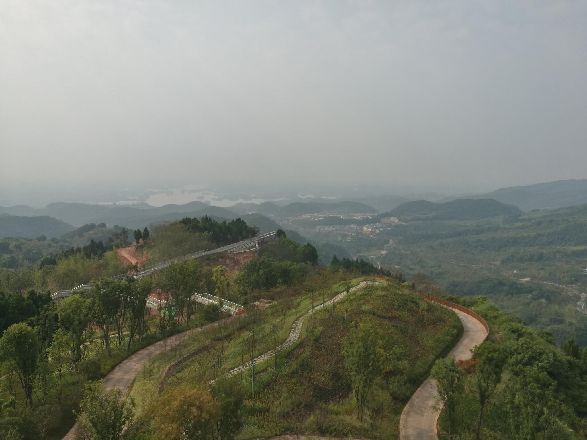 预计本月四川降水仍多 盆地大部有2次雾霾过程