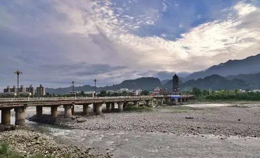 都江堰青城大桥即将改建 跨度亚洲第三