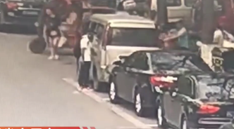 """自贡警方破获一起""""二师兄""""失窃案:失主车子后备箱的猪肉被"""