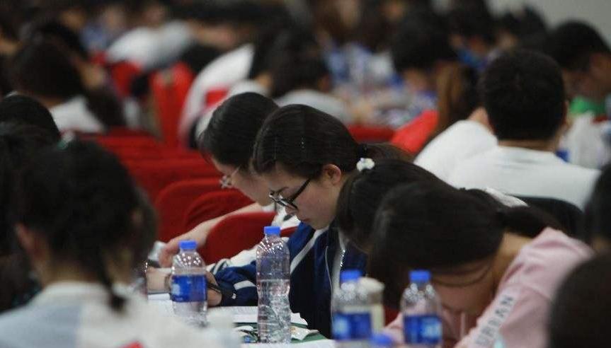 30万参加四川上半年公务员考试考生 这8点防疫要求需做到