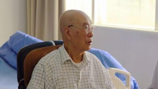 四川省原副省长康振黄同志逝世