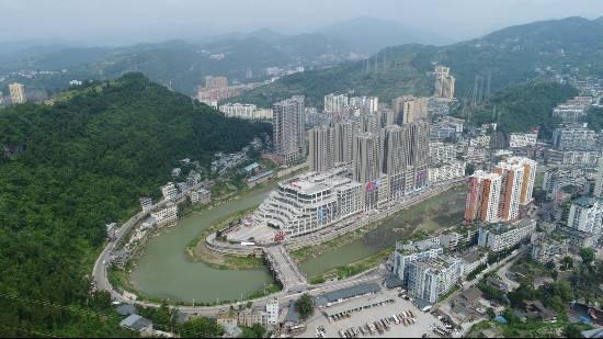 巴中南江规划建设10个千吨万人以上的供水工程