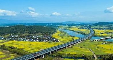 省政府批复同意镇巴(川陕界)至广安高速公路采取BOT模式建设