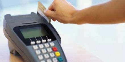 用pos机商家警惕 男子偷换客户POS机截取刷卡金8.9万