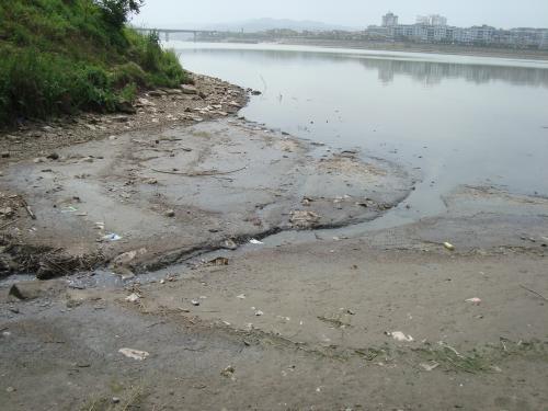 广安全面摸排境内嘉陵江污染源 排查出污染源117处