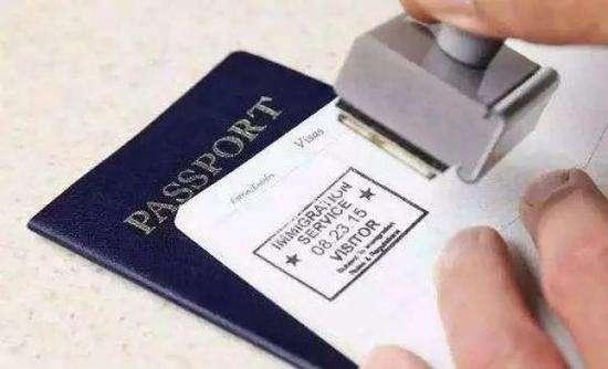 明年元旦起 炫乐彩票实施外国人144小时过境免签政策