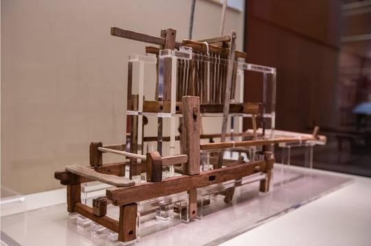 成都老官山汉墓 四部蜀锦提花机模型填补世界纺织史空白