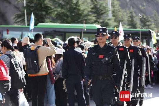 开园10天 九寨沟景区内无一起治安刑事案件