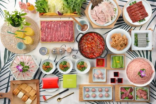 成都提倡火锅店隔桌就餐接待量减半