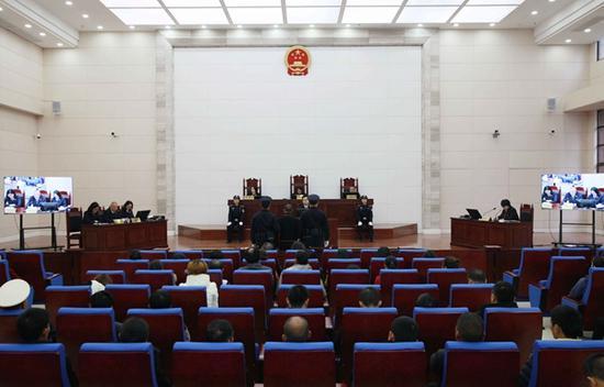 庭审现场。陈希 摄