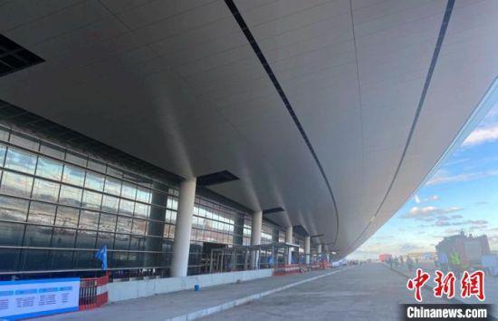 航站楼外的装修已基本完工。成都住建提供