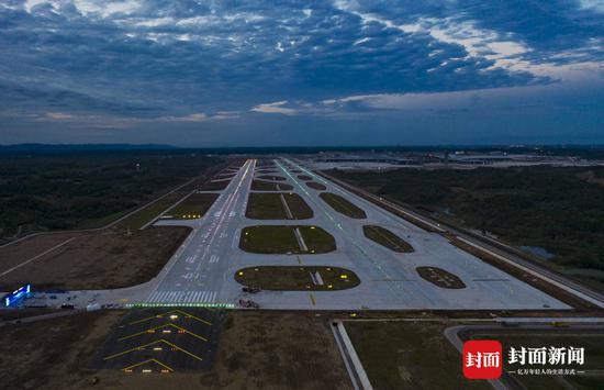 成都天府国际机场 拍摄:张洋河
