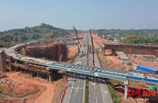 成乐高速扩容棉竹互通施工 交通管制延长至3月31日