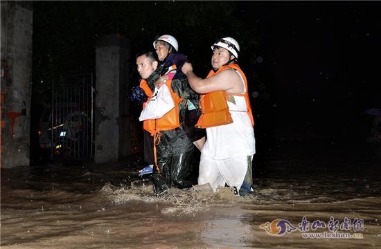 乐山积极应对5.21区域性大暴雨天气 安全转移群众5590余人
