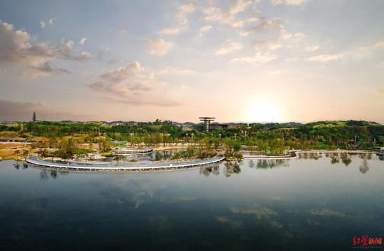 """聚焦""""别样精彩的未来城市"""" 成都这样支持东部新区"""