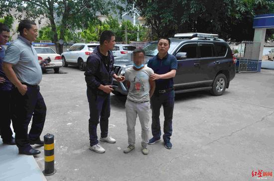 杨某某被警方抓获