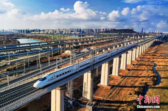 铁路清明小长假运输今日启动 预计发送旅客4970万人次