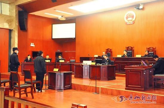 禁渔期非法捕鱼 峨眉男子被送上法庭