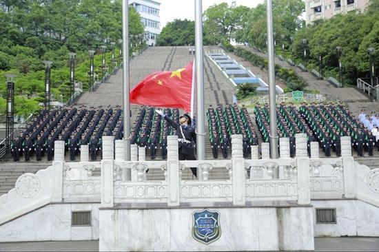 四川公安军转干部首次进高校培训 培训至2018-05-25