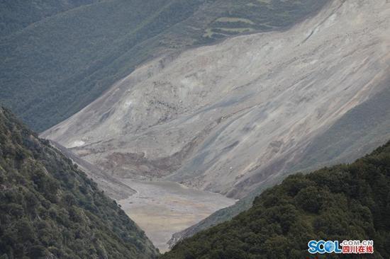 金沙江白格滑坡-堰塞湖周边区域 新增31处隐患点