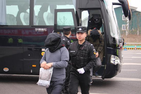 广元警方破获一起民族资产解冻诈骗案 打掉18个犯罪团伙