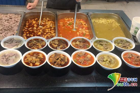 """四川大学""""以购代捐""""贫困区土豆牛肉 食堂上新菜品助脱贫"""