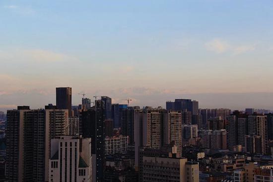 又见西岭雪山(图据网友)