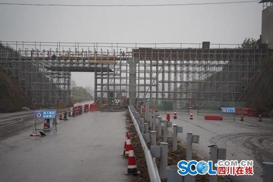 好消息!广安港前大道本月底将达到初步通车条件