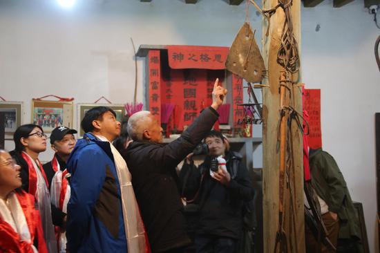 揭秘|桃坪羌寨这块石板神器 居然是用来照明的石板灯