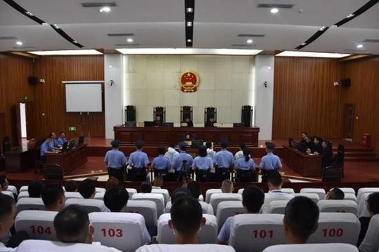 四川通江县首例涉恶势力团伙犯罪案件一审宣判