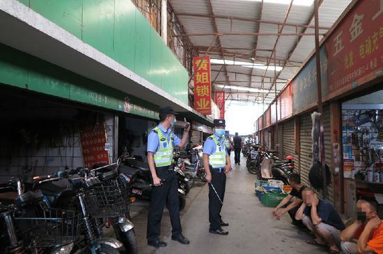 成都公安开展严打严控盗窃电动自行车行动 抓获嫌疑人300余名