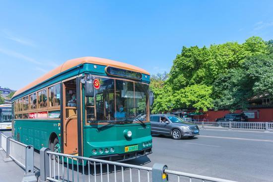 国庆假期 51条旅游公交线路带你畅玩成都