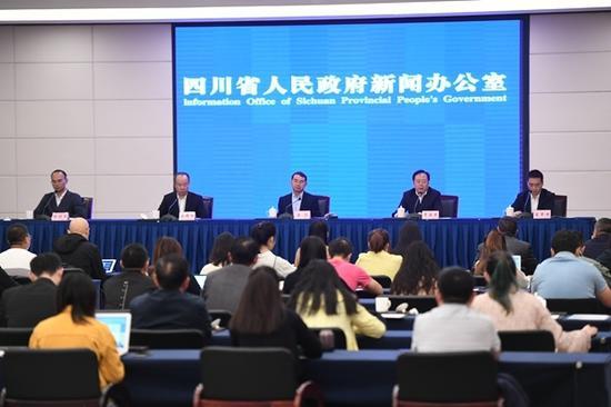 治理农业面源污染 四川全面完成183个县(市、区)的禁养区划定