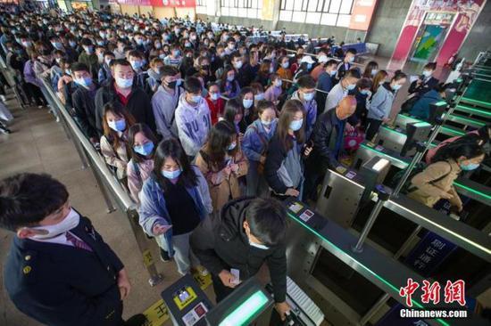 全国铁路清明小长假期间共发送旅客4991万人次