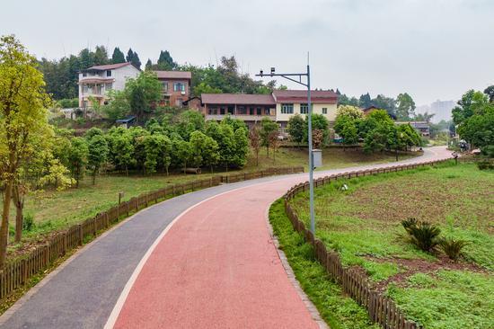 跑个来回就是一场半程马拉松 内江最长休闲绿道今年底建成