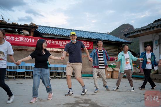 梁兴安考察支教项目途中不幸坠崖 回访他在凉山最后5日