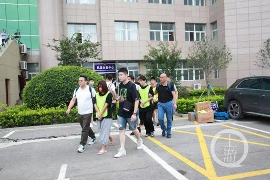 ▲7月22日,86名犯罪嫌疑人在五地相继落网。图片来源/上海警方